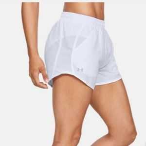 Under Armour Women's UA Fly-By Shorts   XS